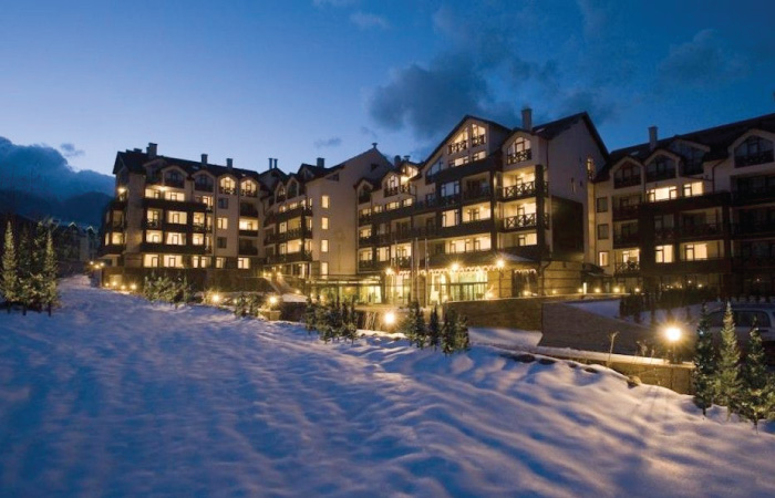 PREMIER LUXORY MOUNTAIN RESORT  BANSKO  5*  230 €  4 Nete  BB